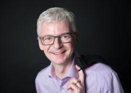 Zeigt her eure Hände – Manager-Gesten: teils eingeübt, teils echt – aber immer mit Wirkung